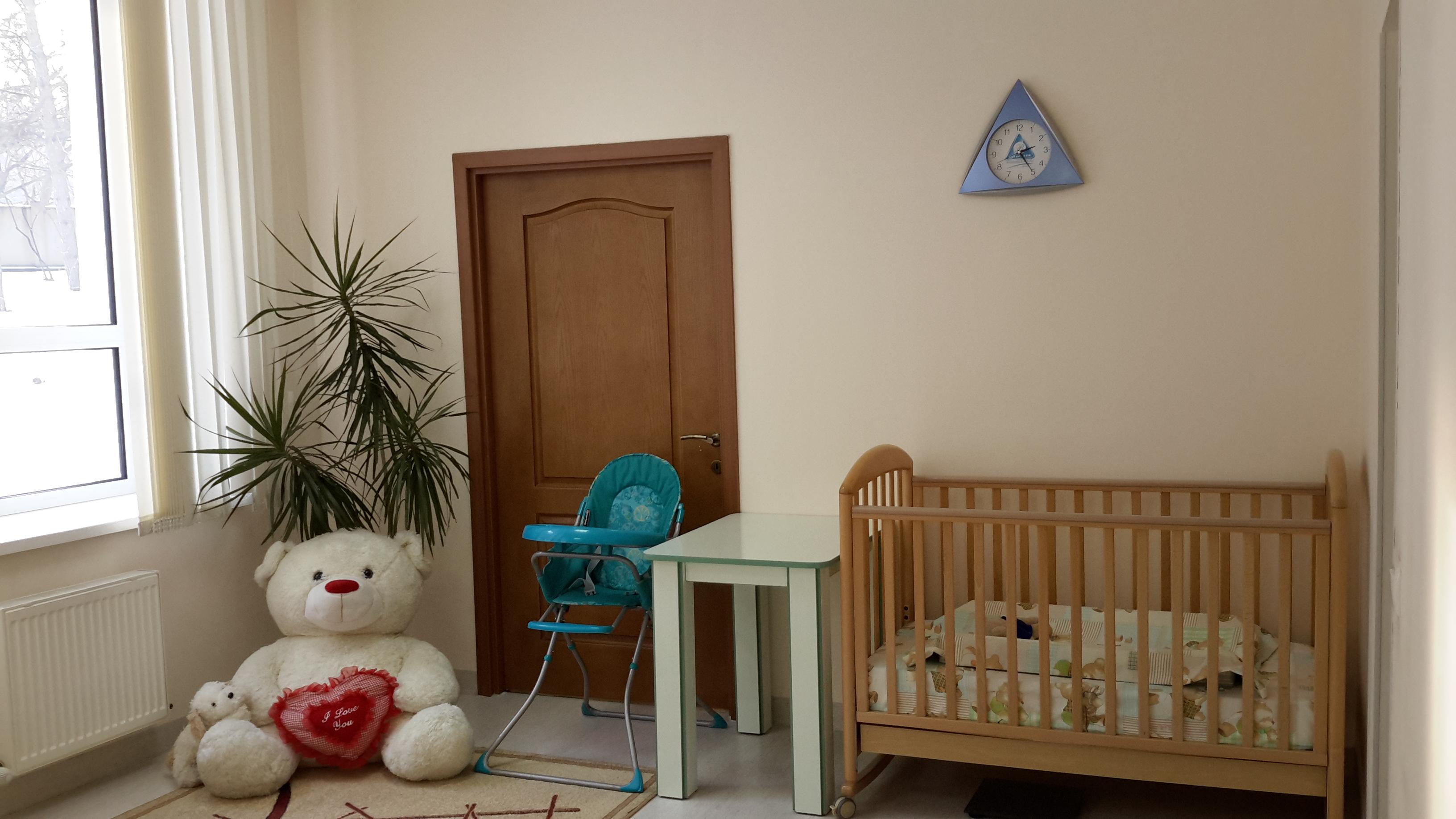 Camera mamei si copilul